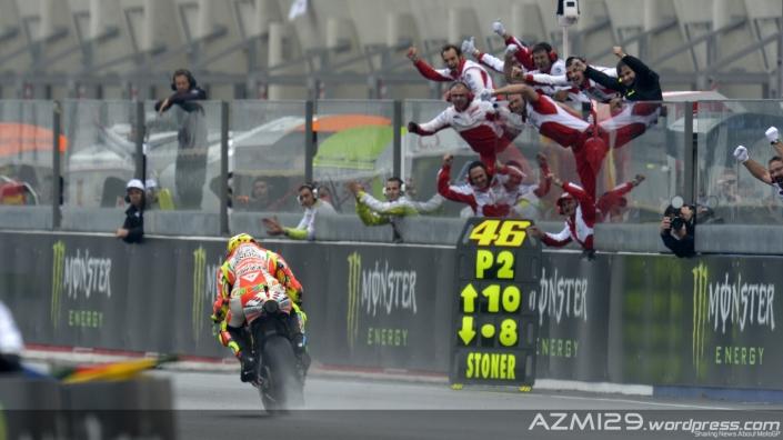 Rossi-LeMans-Finish-2012
